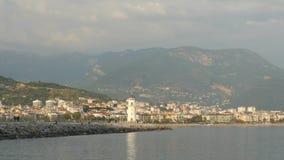 Sikt av den Alanya hamnen fr?n den Alanya halv?n Turk Riviera arkivfilmer