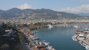 Sikt av den Alanya hamnen fr?n den Alanya halv?n Turk Riviera lager videofilmer
