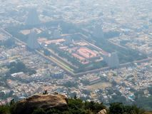 Sikt av den Annamalaiyar templet i Tiruvannamalai, Indien Royaltyfria Foton