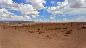 Sikt av den Arizona horisonten över huvudvägen 89A arkivbild