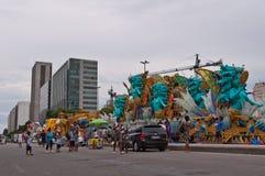 Sikt av den Avenida Presidente Vargas avenyn i Rio de Janeiro under karneval royaltyfri foto