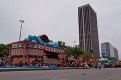 Sikt av den Avenida Presidente Vargas avenyn i Rio de Janeiro under karneval royaltyfri fotografi