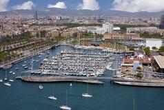 Sikt av den Barcelona hamnen royaltyfri bild