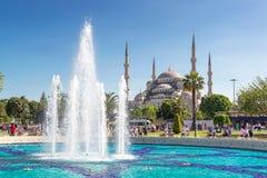 Sikt av den blåa moskén i Istanbul, Turkiet Arkivbild