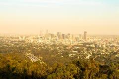 Sikt av den Brisbane staden på monteringssothönan-tha, Brisbane Arkivbild