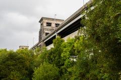 Sikt av den Britannia bron underifrån royaltyfri bild