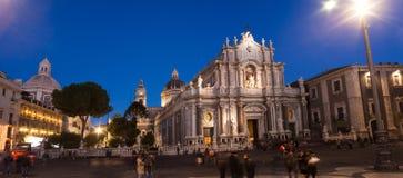 Sikt av den Catania domkyrkan Arkivbilder