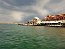 Sikt av den Chania hamnen, Kreta royaltyfria foton