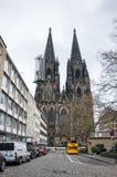 Sikt av den Cologne domkyrkan Arkivfoton