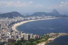 Sikt av den Copacabana stranden Fotografering för Bildbyråer