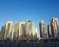 Sikt av den Dubai marina i UAE Royaltyfri Bild