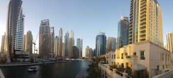 Sikt av den Dubai marina i UAE Royaltyfri Foto