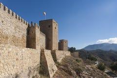 Sikt av den forntida fästningen av Antequera i Malaga Royaltyfri Bild