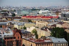 Sikt av den gamla europeiska staden från höjd av fågels flyg St Petersburg Ryssland, Nordeuropa Fotografering för Bildbyråer