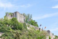 Sikt av den gamla förstörda chateauen, Aubusson, Creuse, Frankrike Royaltyfria Bilder