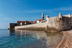 Sikt av den gamla staden av Budva, Montenegro Arkivfoton