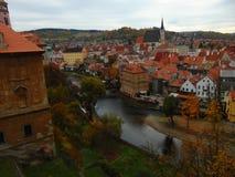 Sikt av den gamla staden av Cesky Krumlov Royaltyfri Fotografi