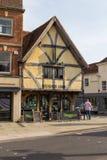 Sikt av den gamla staden av Salisbury, UK royaltyfri fotografi