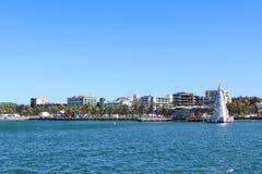 Sikt av den Geelong stranden från Cunningham Pier royaltyfria foton