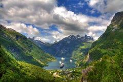 Sikt av den Geiranger fjorden, Norge arkivbilder