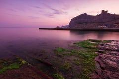Sikt av den Genoese fästningen Arkivfoton