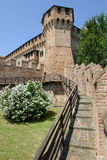 Sikt av den Gradara slotten på Marche Fotografering för Bildbyråer