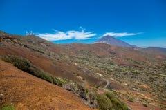 Sikt av den härliga vulkan Teide i sommar royaltyfria foton