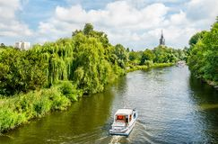 Sikt av den Havel floden i Potsdam, Tyskland royaltyfria foton