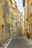 Sikt av den historiska fjärdedelen Le Panier i Marseille Fotografering för Bildbyråer
