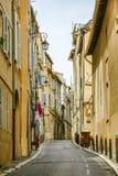 Sikt av den historiska fjärdedelen Le Panier i Marseille i södra Fra Royaltyfria Foton