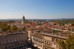 Sikt av den historiska mitten av den Avignon staden. Frankrike Arkivfoton