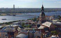 Sikt av den historiska mitten av Riga Royaltyfria Bilder