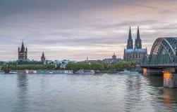 Sikt av den historiska mitten av Cologne, Tyskland fotografering för bildbyråer