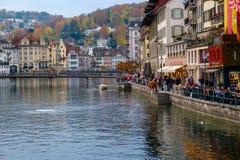 Sikt av den historiska staden av Lucerne i höstljus royaltyfria foton