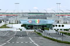 Sikt av den Juventus stadion i Torino, Italien royaltyfria bilder