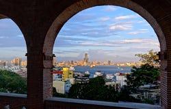 Sikt av den Kaohsiung staden på solnedgången Tid Royaltyfri Fotografi