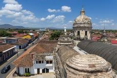 Sikt av den koloniala staden av Granada i Nicaragua, Central America arkivbilder