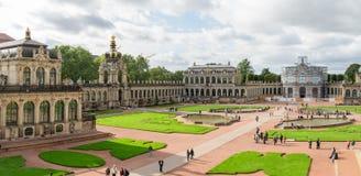 Sikt av den komplexa Zwingeren i Dresden Sachsen Tyskland, Europa Royaltyfria Bilder