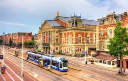 Sikt av den kungliga Concertgebouwen, en konserthall i Amsterdam Royaltyfri Fotografi