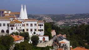 Sikt av den kungliga slotten i Sintra Royaltyfria Foton