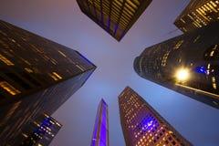 Sikt av den låga vinkeln för skyskrapor i Houston Royaltyfria Bilder