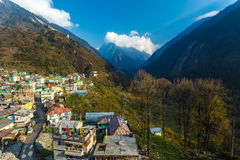 Sikt av den Lachane byn i Sikkim, Indien Arkivfoton
