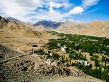 Sikt av den Leh staden, Ladakh, Indien Royaltyfri Foto