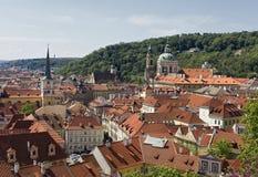 Sikt av den lilla sidan i Prague arkivfoton