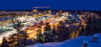 Sikt av den lilla svenska staden Arkivfoton