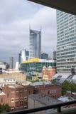 Sikt av den Melbourne staden från balkong på Russell Street Arkivbilder