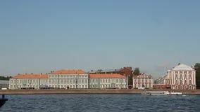 Sikt av den Neva floden stock video