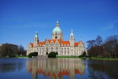 Sikt av den nya staden Hall Neues Rathaus av Hannover, Tyskland arkivfoto