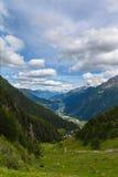 Sikt av den Piora dalen i Ticino Arkivfoton