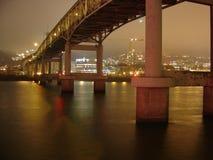 sikt 2005 av den Portland Markham bron Arkivbilder